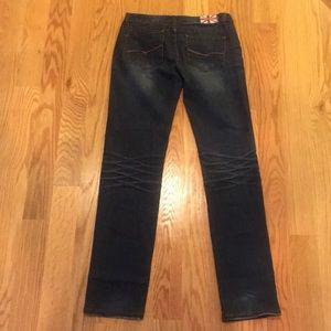 Machine Jeans - Skinny/Straight fit jean